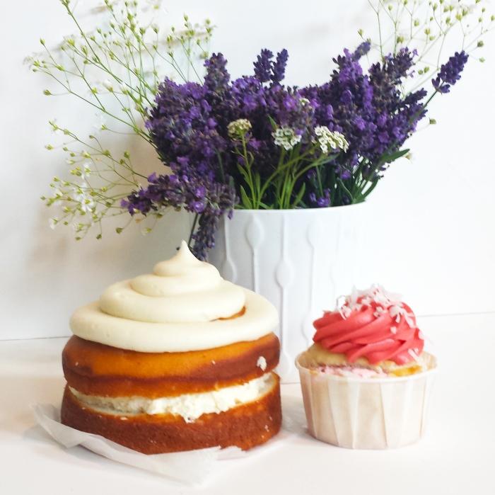 Pretty Cakes from Dippidee bakery in Lehi Utah
